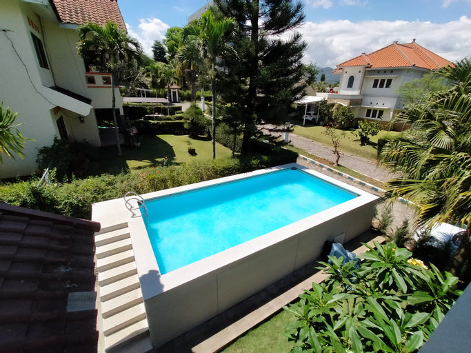Villa Batu Bale Bale, Malang