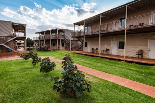 Oasis Newman, East Pilbara