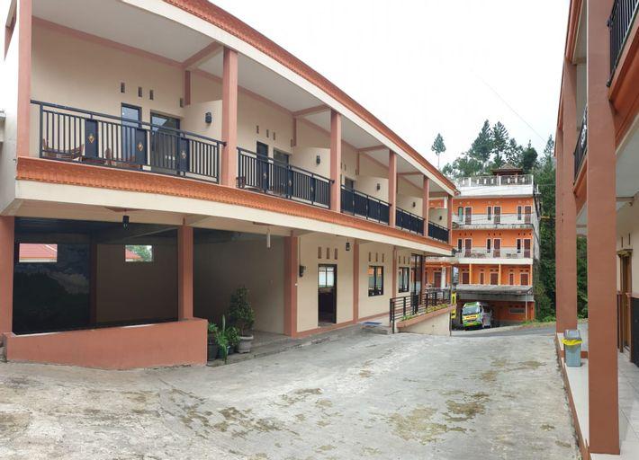 Hollymoon Sekar Ayu Hotel, Tegal