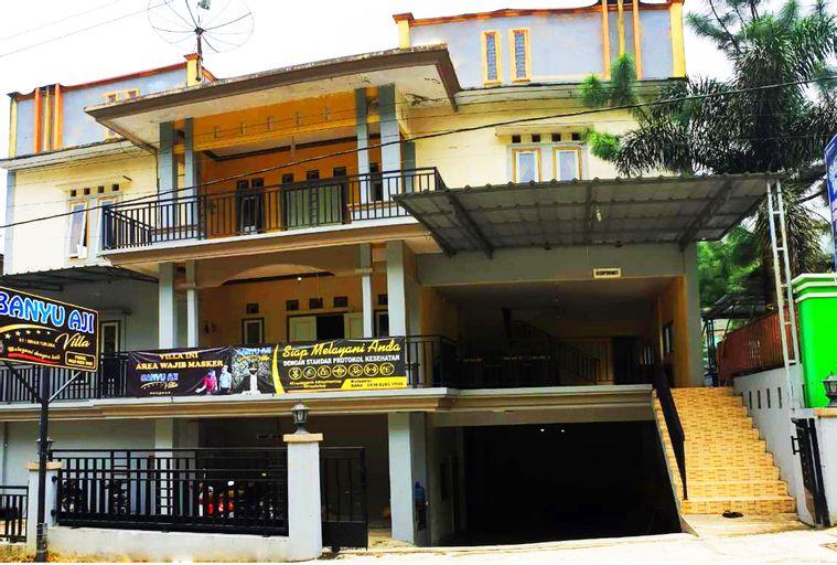 Hollymoon Banyu Aji Villa, Tegal