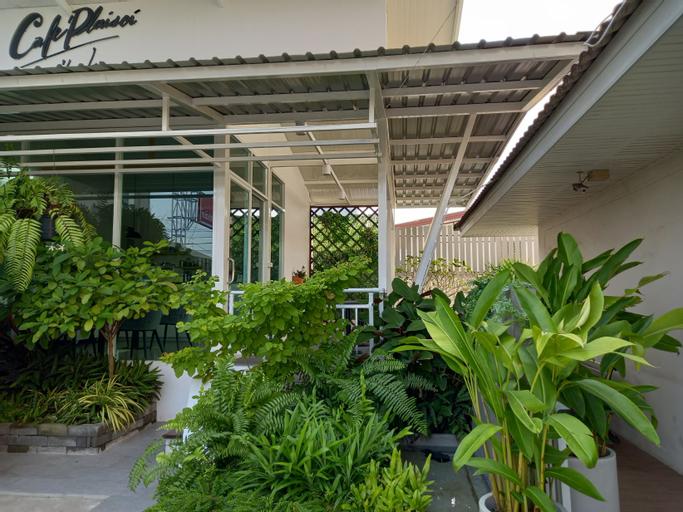 Ruan Plaisoi Apartment, Bang Khae