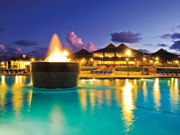 Verandah Resort and Spa All Inclusive,