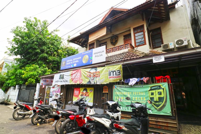 Premium Senen Guesthouse, Central Jakarta