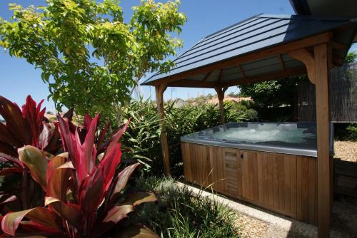 Anaheim House1 South by Getastay, Kingsholme-Upper Coomera