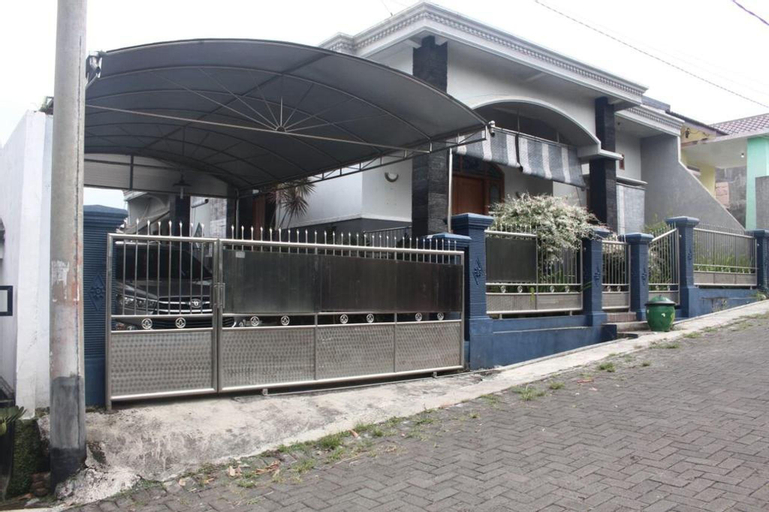Villa Puri Damansara, Malang