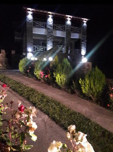 Villa Joana, Beratit