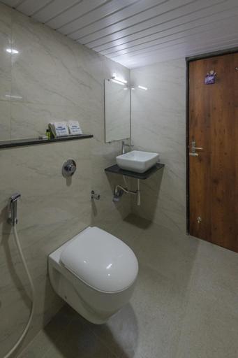 Hotel Karuna Residency, Kollam