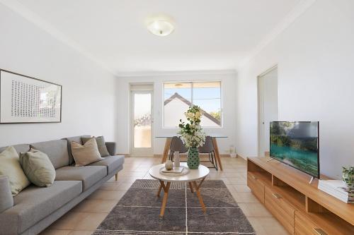 Spacious apartment in trendy Sydney neighbourhood, Marrickville