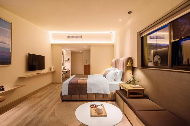 Sea view big bed room, Dali Bai
