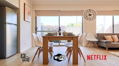 Quiet Garden City Unit - Free WiFi & Parking, Melville