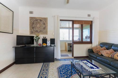 B9 Close to UWA, Swan River, Cafes and The New Children's Hospital, Subiaco