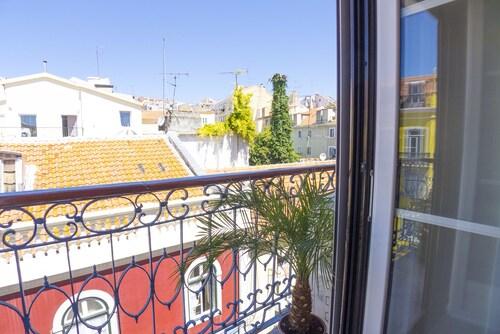Lv Premier Flores Fl1, Lisboa