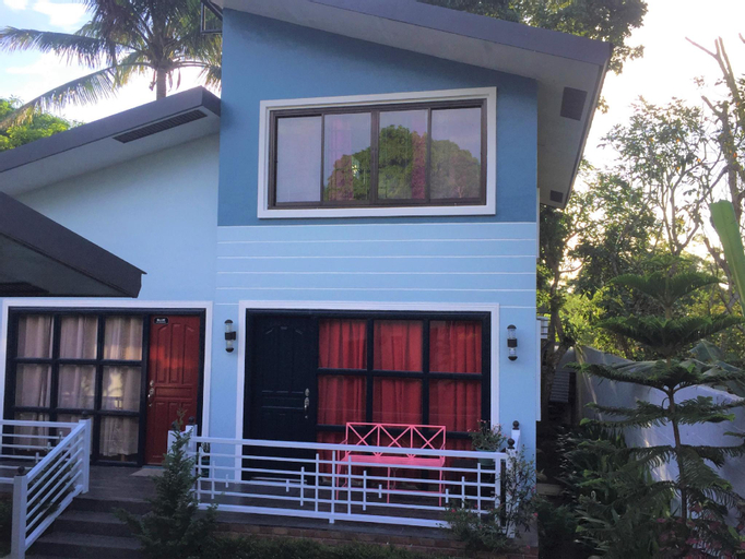 Blue's House(Strictly upto 15pax, No Pets allowed), Tagaytay City
