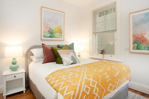 Funky Inner West Studio with Patio, 20 Min from CBD, Marrickville