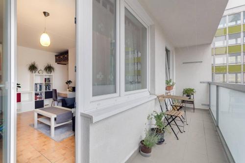 Nice apartment near centre, Praha 10
