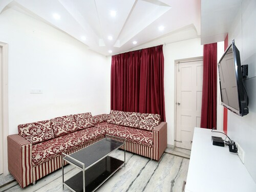 OYO 13341 Home 2BHK Valley VIew Barogh, Solan