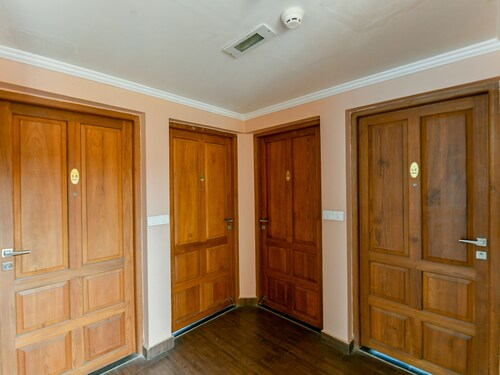 OYO 22761 Home Alpine Suite 1BHK Aluva, Ernakulam