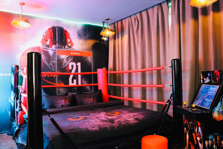 Boxing ring game theme house, Chaoyang