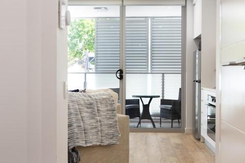 Ultra Modern Studio Suite with Balcony Near Shops, Burwood