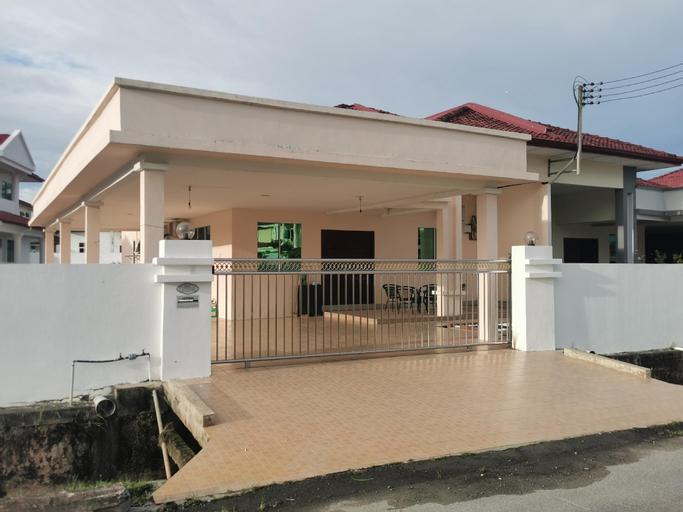 HomezStay Hospital Miri, Miri