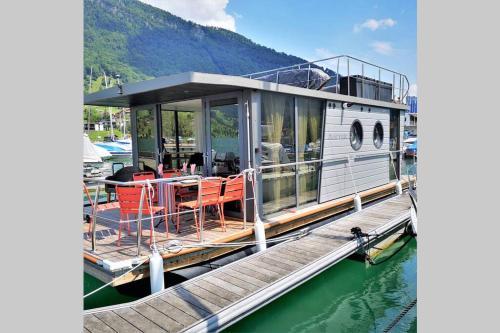 Hausboot Pura vida, Schwyz