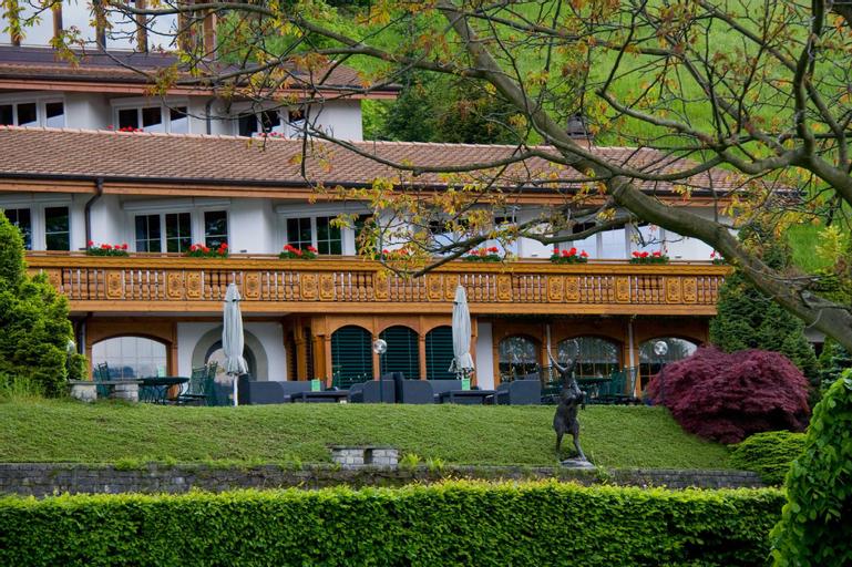 Seehotel Jaegerhof Hubertus, Niedersimmental