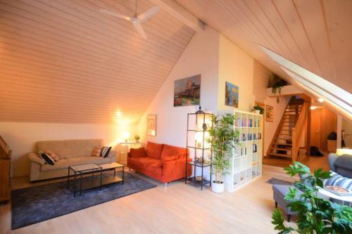 Modern Penthouse Apartment, close to everything, Interlaken