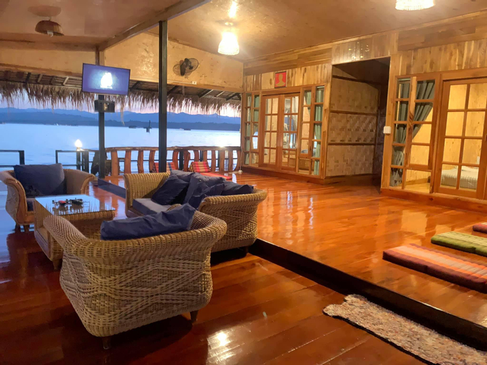 Ban Ta Kerd House แพบ้านตาเกิด , Thong Pha Phum