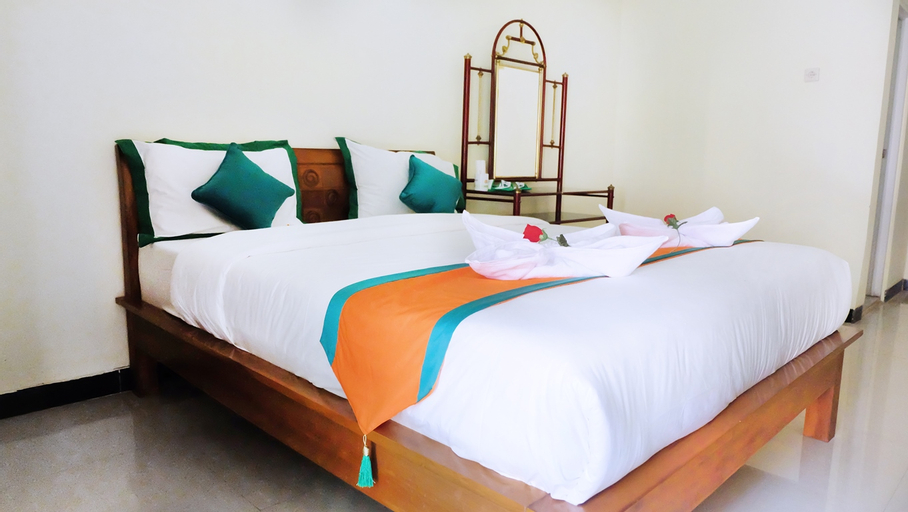 Simply Homy at Tegal city center ( 4 Bedrooms), Tegal