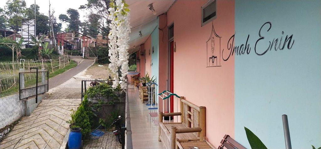Imah Enin, Bandung