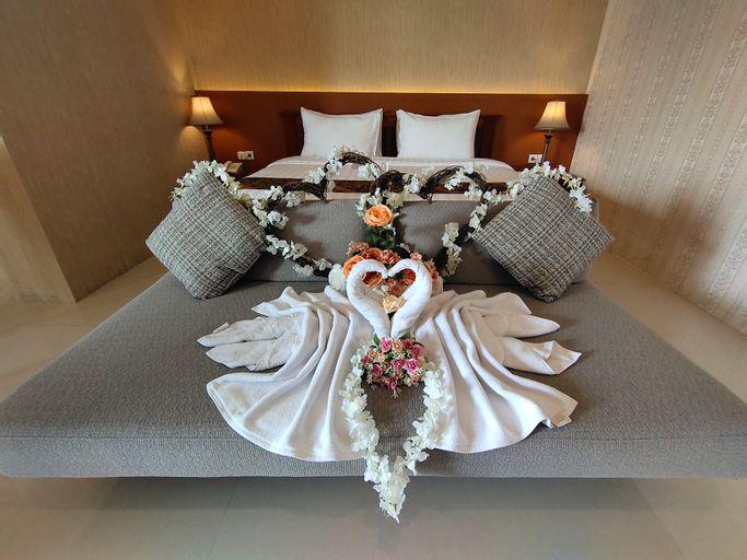 Dreamland Hotel And Lounge, Bondowoso