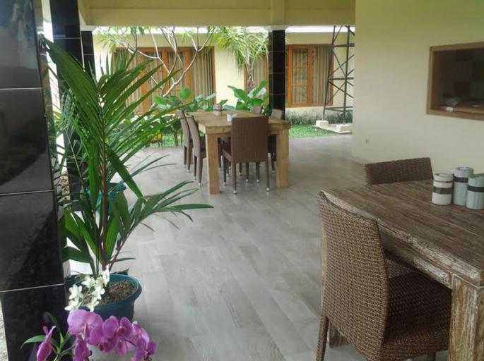 Villa Evelyn, Bantul
