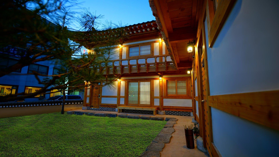 Gongju Moonlight Garden Guesthouse, Gongju