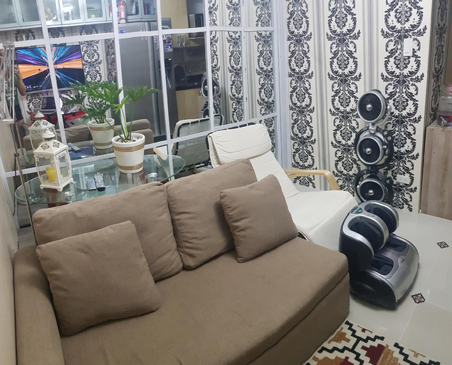 High-Tech Studio @ Grass Residences -2persons only, Quezon City
