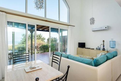 Joya Cyprus Sapphire Garden Apartment,