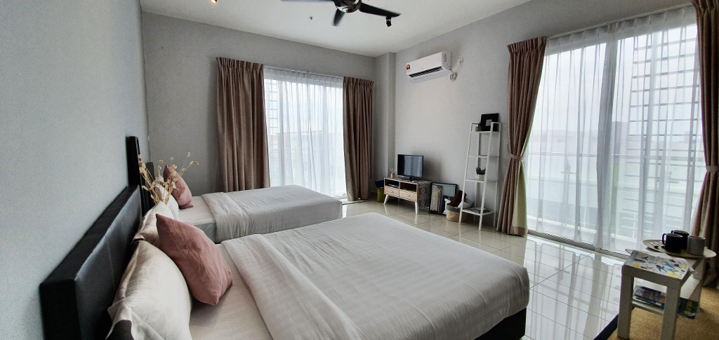 Aeropod Sovo [BED.6] Sunset Theme House (3 Pax), Kota Kinabalu