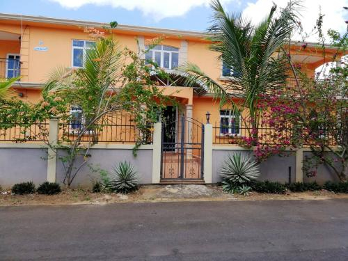 Apartment with 2 bedrooms in TrouauxBiches with enclosed garden and WiFi 300 m from the beach,