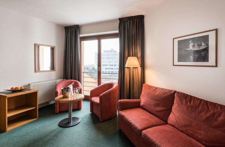 Hotel Troja, Praha 8
