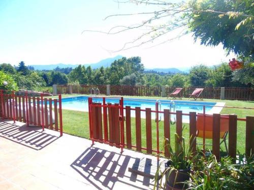 Villa with 4 bedrooms in Fermil Santa Tecla de Basto with wonderful mountain view private pool enclo, Celorico de Basto