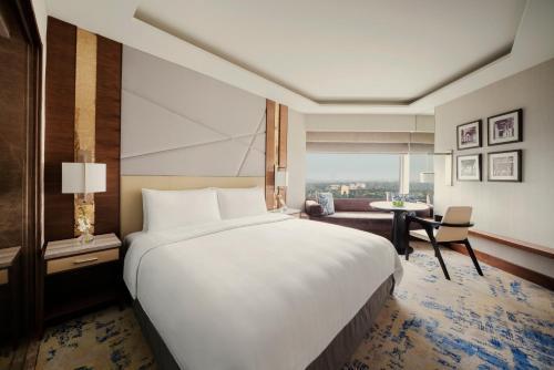Shangri-La's Eros Hotel New Delhi, West