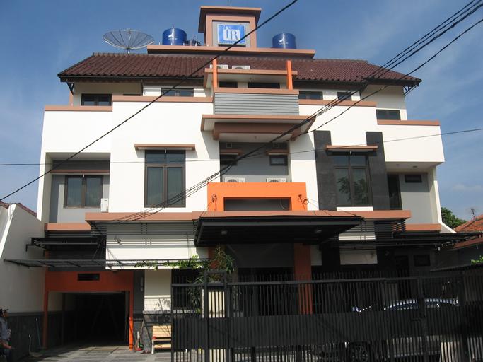 Fontana Residencia Guest House 3, Jakarta Selatan