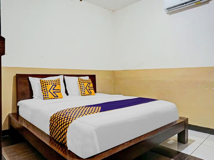 SPOT ON 90295 Simprug Residence, Jakarta Selatan
