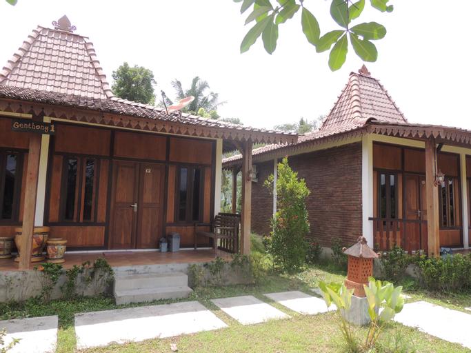 Balkondes Karanganyar (Pottery Academy), Magelang
