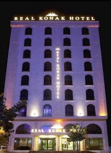Real Konak Hotel, Merkez