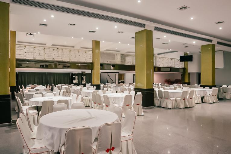 grand sydney hotel, Batam