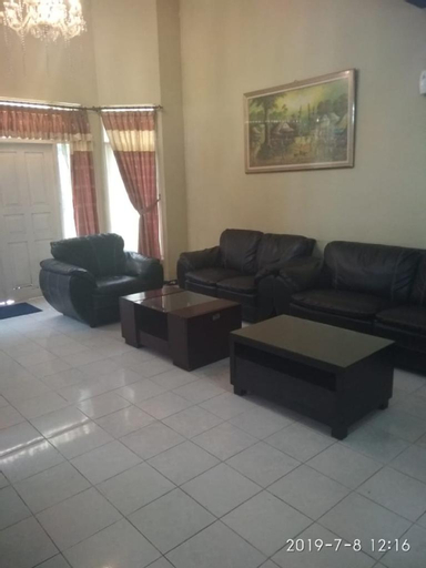 Villa Bahtera Tugu Puncak 5BR 15Pax, Bogor