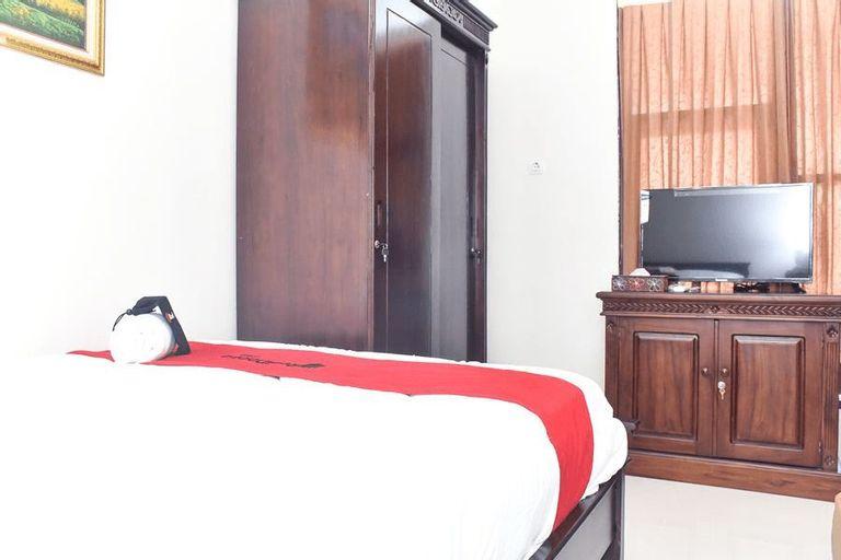 RedDoorz Syariah near Gelora Delta Sidoarjo 2, Sidoarjo
