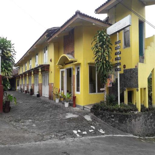 Hotel Kayu Manis, Sleman