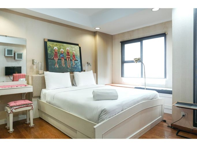 Cozy and Modern Studio Apartment at Belmont Residence Puri By Travelio, West Jakarta