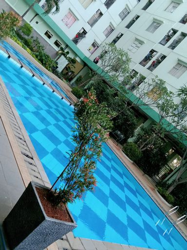 Smart TV Room at Apartemen Green Park View, West Jakarta